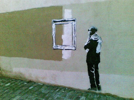 5021307668 e78233e06e 1 450x337 Banksy in Basque
