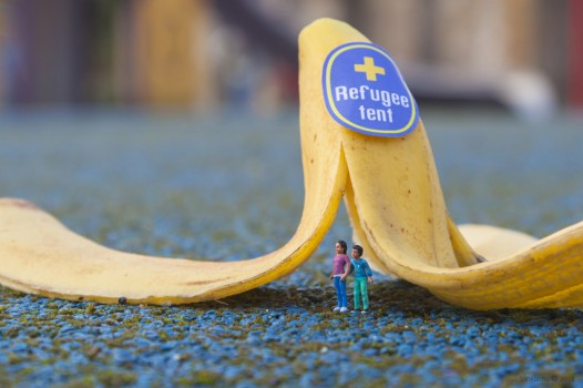 Slinkachu creates original pieces for O2 and War Child