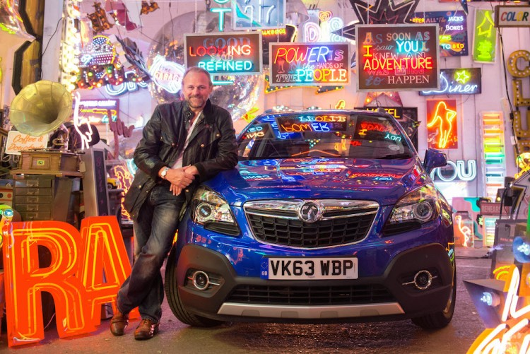 Neon Artwork Inspired by the Vauxhall Mokka from Chris Bracey