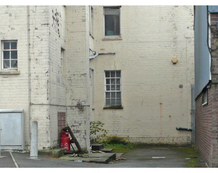 New Banksy 'earring' mural in Bristol
